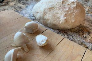 garlic and dough